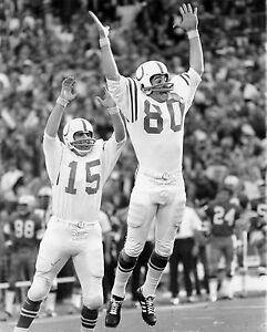 1970 BALTIMORE COLTS WIN THE SUPERBOWL JIM O'BRIAN & EARL MORALL VICTORY 8 x10
