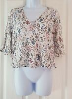 Womens Top Blouse Used size medium white flowers vgc