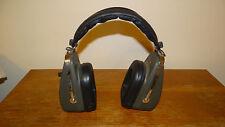 Vintage Retro ARCHER Twin Speaker AM/FM HEADPHONE RADIO 5 Transistor Radio Shack
