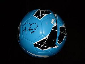 LA Galaxy Robbie Rogers signed Nike soccer ball