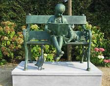 Bronzeskulptur, Mädchen auf Bank, Dekoration, Garten *