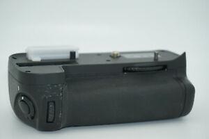 Battery Grip MB-D11 for Nikon D7000 DSLR / EN-EL15