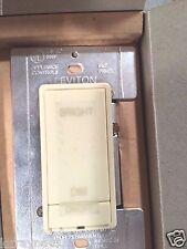 R3 Leviton 10600-Pi Ivory MicroDim Dimmer Sw Ivory 600W 120Vac