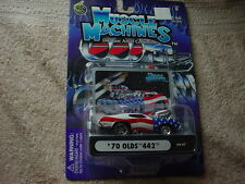 MUSCLE MACHINES '70 OLDS 442 RED WHITE & BLUE WITH BLOWER 03-47 FREE USA SHIP