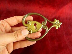 alter Möbelbeschlag Türbeschlag Zierblende Jugendstil Metall Messingblech antik