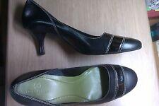 COLE HAAN WOMEN'S BLACK LEATHER PUMPS, Size 10