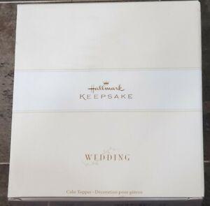 Brand New Sealed 2005 Hallmark Wedding Cake Topper Two Hearts One Love Keepsake