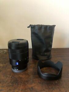 Sony Zeiss Vario-Tessar T* 24-70mm f/4.0 FE ZA OSS Lens