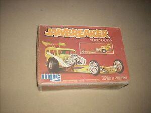 JAWBREAKER '32 FORD RAIL ROD, RARE, DECENT !!