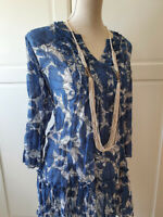 LADIES LONG SLEEVE DRESS IN SIZE 10. BLUE FLORAL SMART.CASUAL  AUTUMN WEAR