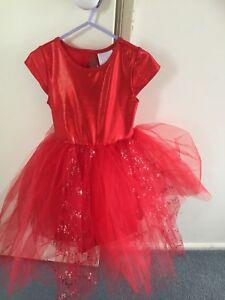 Girls dress Red dress SIZE 4   frilly sparkly Dress  NEW