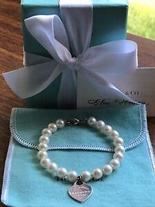 Beautiful Tiffany & Co Silver Heart Tag Freshwater Pearl Bracelet **EC**