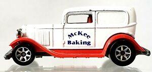 1995 Hot Wheels Little Debbie McKee Baking Delivery Food Truck Casted 1988 1/64