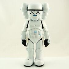 KAWS Original Star Wars Storm Trooper compañero falsos réplica figura