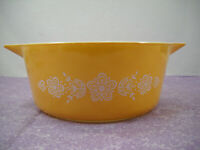 Pyrex Casserole Dish Butterfly Gold 1 - 2 1/2 Quart No Lid