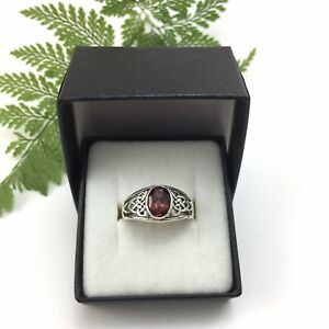 Gorgeous Celtic Trinity Knot Sterling Silver 925 Red Garnet Ring
