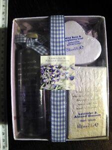 BAYLIS HARDING LAVENDER ALMOND BLOSSOM SOAP + BATH FIZZER + BATH/SHOWER GEL GIFT