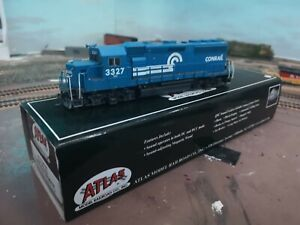 HO Atlas Master Gold Conrail GP40-2 Phase 2 Locomotive #3327 DC/DCC With Sound
