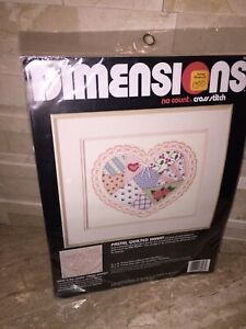 DIMENSIONS NO COUNT CROSS STITCH PASTEL QUILTED HEART 3943
