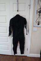 Dark Star Mens Full Wetsuit Size Medium 3/2 Sherwood Scuba Dive