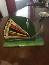 Vintage 1950's Jiffy Way Green Egg Scale