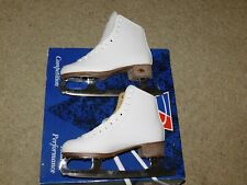 NEW OLD STOCK RIEDELL F112 FIGURE SKATES  SZ 4 WHITE  GR4 Blades