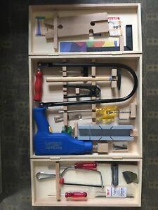 Werkzeugkasten für Kinder: Bohren, Sägen, Laubsäge, Holzbearbeitung, neuwertig