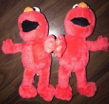 1 Stück- H&M Stofftier Kuscheltier Plüschtier Elmo Sesame Street Rot Schwarz Ora