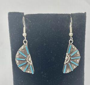 VTG Zuni Sterling Turquoise Petit Point Hook On Dangle Earrings (3.9G)