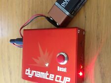 DYNAMITE CLIP  FLASHING AND UNLOCKING BOX WITH CABLES***
