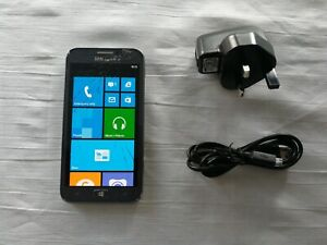 "Samsung Activ S Model : GT-I8750 - Unlocked, Dual core 4.8"" Windows 8 - cracked"