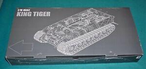 German King Tiger Tank Kfz. 182 Trumpeter 1/16 Top Hull.