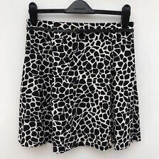 """NWT PAPAYA Flippy Skirt with Belt Size 12 Length 18.25"""" Black & White Viscose"""