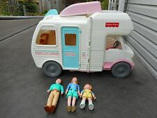 1998 Fisher Price Loving Family Dollhouse RV Camper Mom Dad Girl Boat Ladder Com