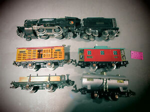 Lionel #259E LOCOMOTIVE WITH TENDER  & 4 Freight 804,831,807,806.