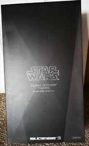 Star Wars Sideshow Clone Trooper Captain 1/6 Scale Figure Collectible