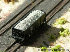 Hay Brothers CHUNK LIMESTONE LOAD - Fits BOWSER GLa 2-Bay Hopper Cars