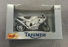 Maisto Triumph Daytona 955i Motorrad 1:18, silber