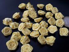 20 Auf 300 Blumen 14mm Rosen Klein Band Satin Gelb Rosa Satin Stoff, Rosita