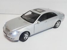 AUTOart Mercedes Benz SKlasse S500 W221 1/18 without box with led lamps ohne OVP