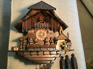 ANTIQUE GERMANY CUCKOO CLOCK BLACK FORREST LARGE BEAUTIFUL 17x16