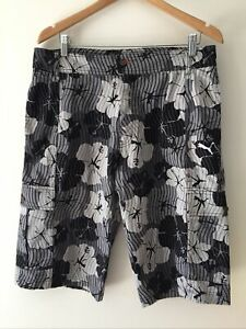 Puma Men's Hibiscus Print Cargo Shorts Size Tag XL (fit M - L) Cotton Black Grey