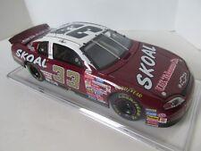 Racing NASCAR 1999 Ken Schrader #33 Red Skoal Action Elite 1:24 Diecast Race Car