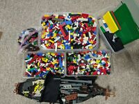 Lot Bulk mixed LEGO 20 POUNDS space, police, star wars, figures, house, VINTAGE
