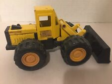 """Vintage 1986 Remco Toys 8"""" Steel Yellow Front Loader Tractor"""