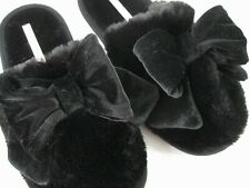 Victoria's Secret Women's Size 7/8 MED Black Bow Furry Fuzzy PLUSH Slippers NEW