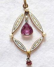 Vittoriano In Oro 9 Carati, Smalto Bianco 2-Rosa Sfaccettata Tormalina & seme perla pendente