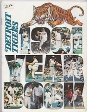 1981 Detroit Tigers Official MLB Baseball Vintage Yearbook Program Magazine