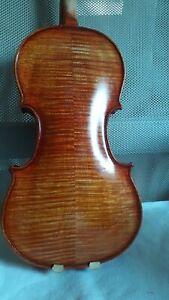 Nr.615 schöne Violine
