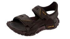Sandali e scarpe marrone con a strappo per il mare da uomo